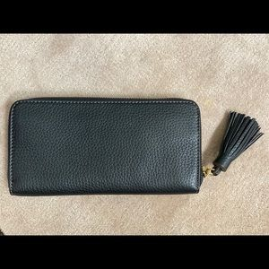 Fossil Other - FOSSIL ZIPPY WALLET